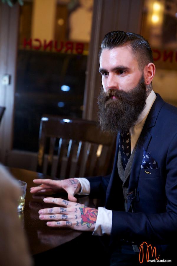 Ricki Hall - Modèle barbe et tatouage