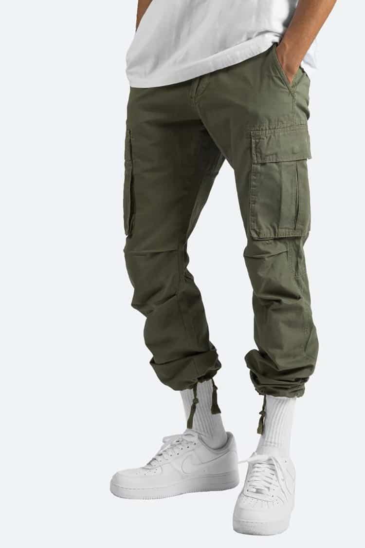 Guide de modèle de pantalon de cargaison pour lui : As These Outfits