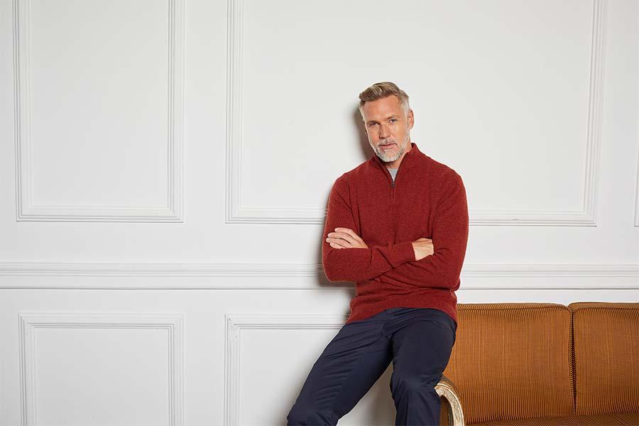 Savile Row Designer sur le travail à domicile en tenue d'hiver