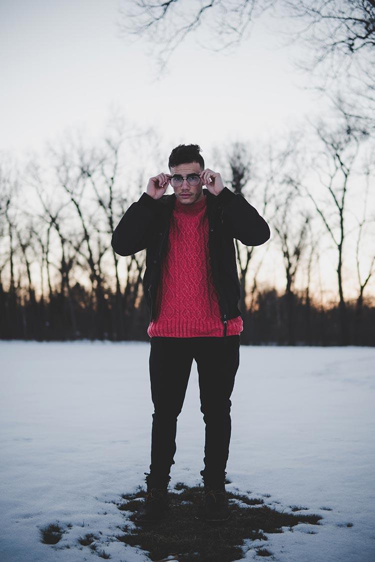 Pull en tricot torsadé